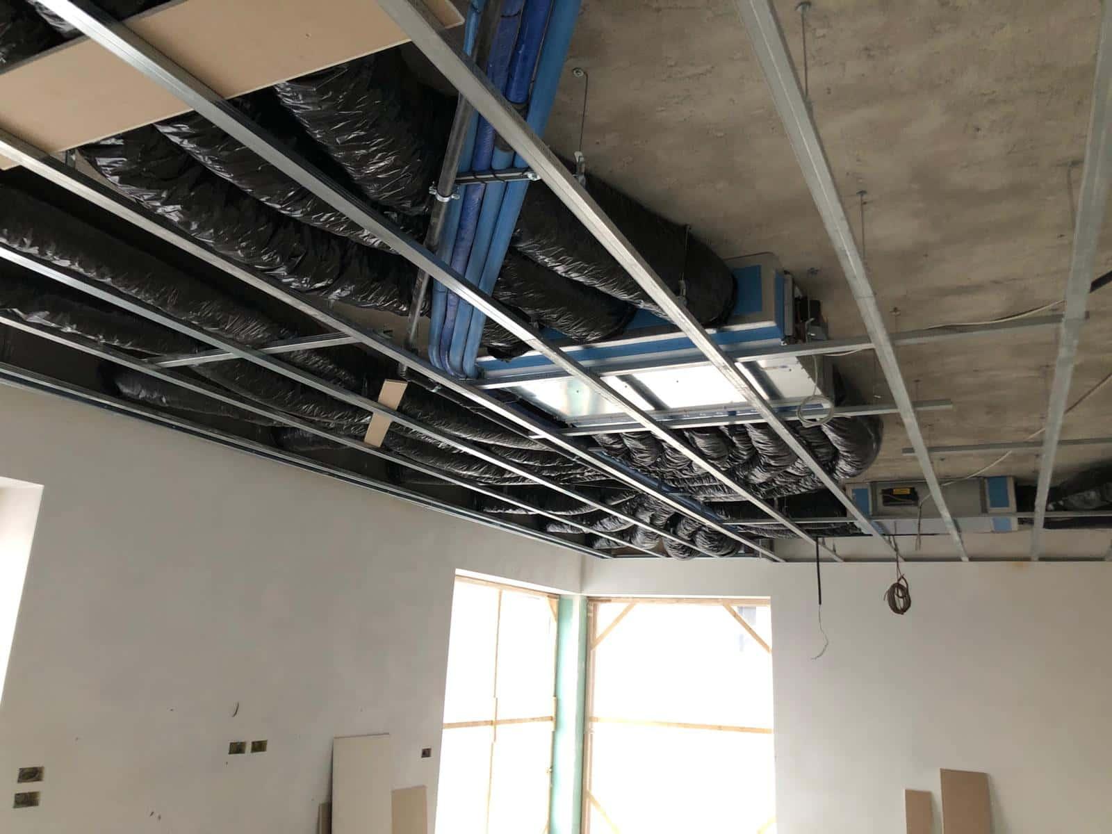 Impianto di trattamento aria abitazione con distribuzione tramite tubazione flessibile isolata 4